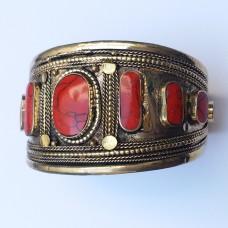 Kuchi afghan tribal golden cuff bracelet # 1017