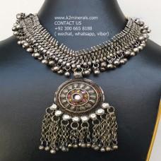 Etsy metal heavy vintage necklace-950